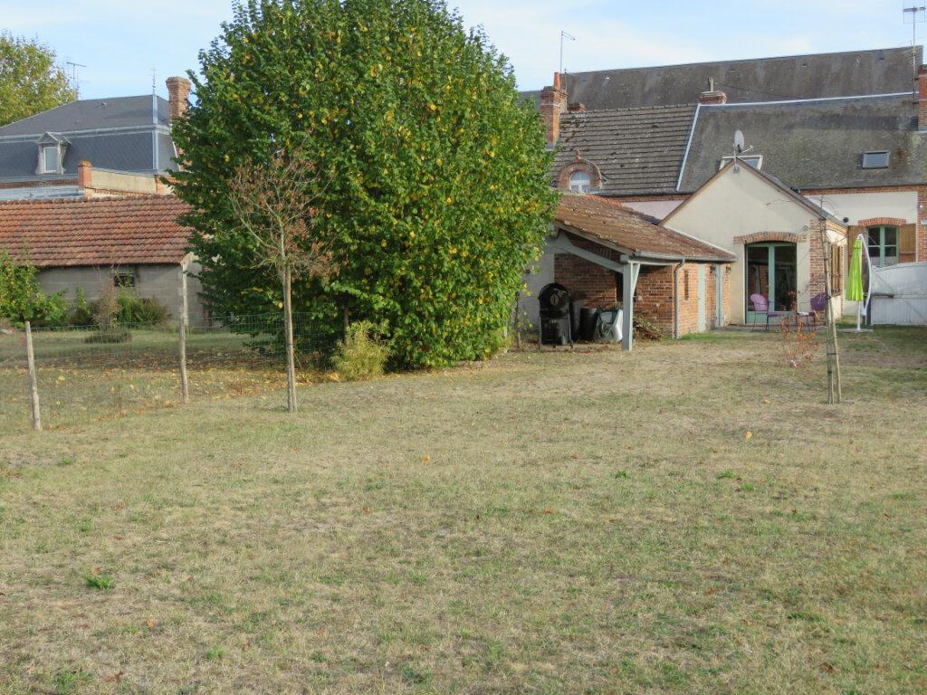 Maison à vendre 7 127m2 à Lamotte-Beuvron vignette-1