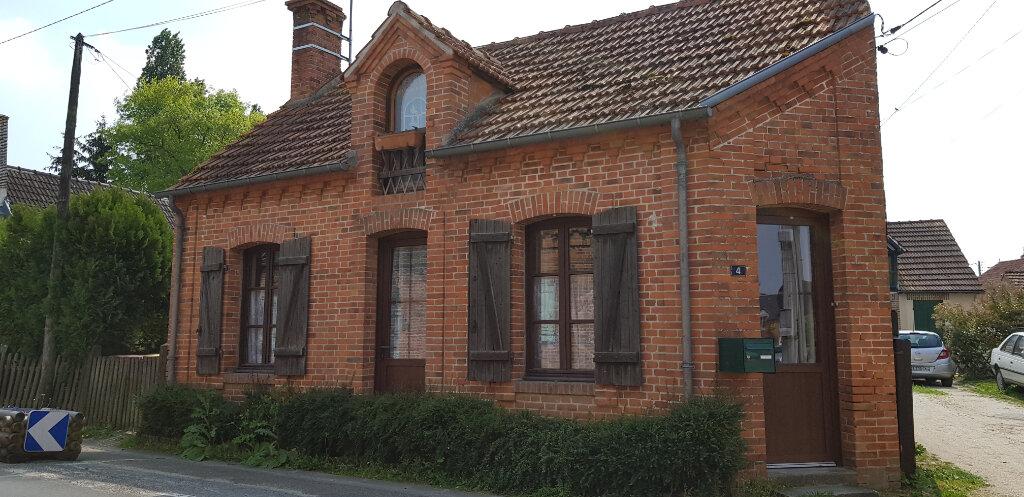 Maison à louer 2 63m2 à Yvoy-le-Marron vignette-1