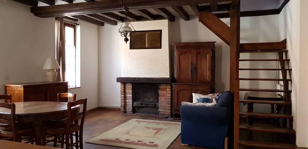 Maison à louer 2 63m2 à Yvoy-le-Marron vignette-2