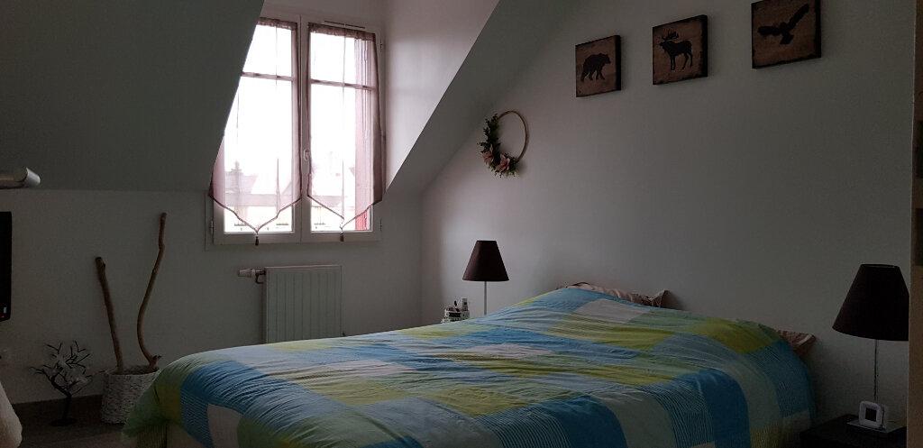 Appartement à louer 3 56m2 à La Ferté-Saint-Aubin vignette-4
