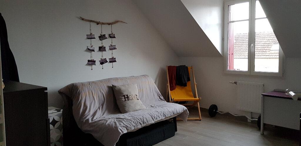 Appartement à louer 3 56m2 à La Ferté-Saint-Aubin vignette-5