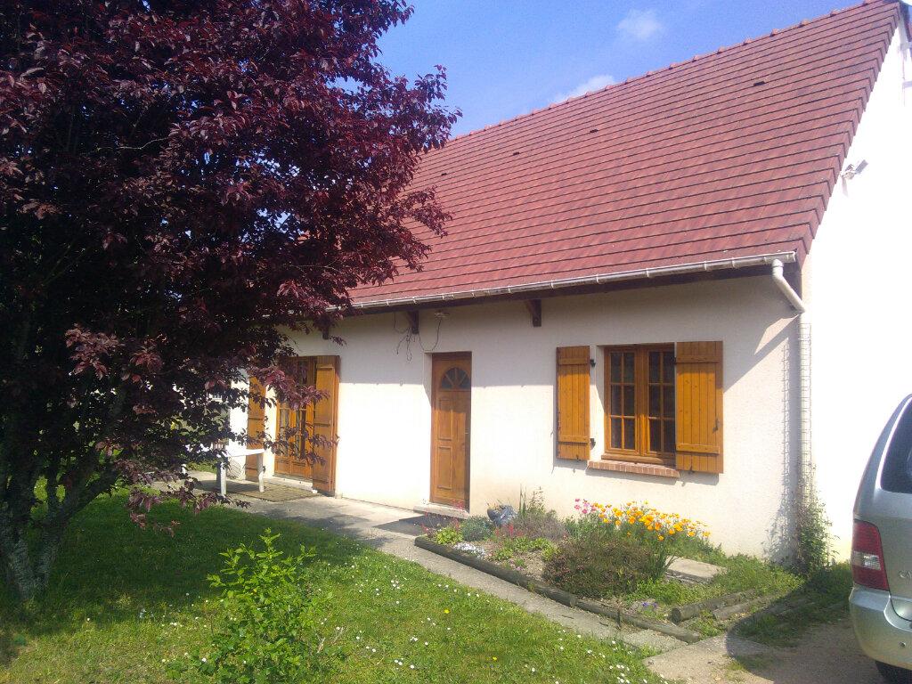 Maison à vendre 5 130m2 à Chaumont-sur-Tharonne vignette-1