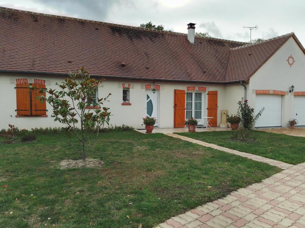 Maison à vendre 5 128.25m2 à Lamotte-Beuvron vignette-1