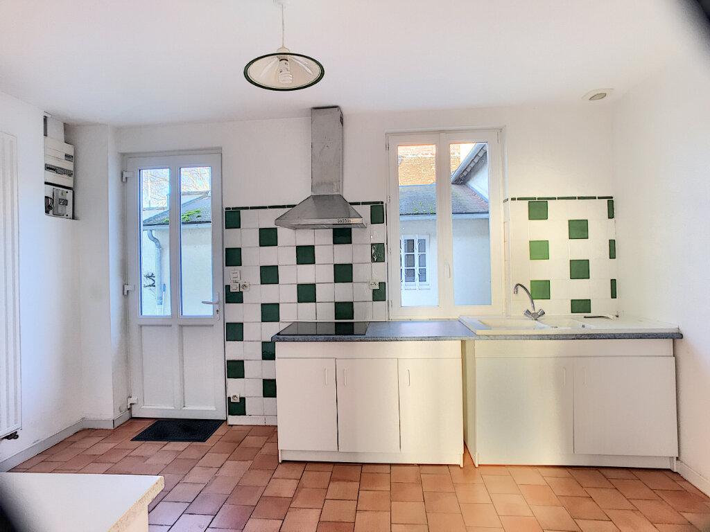 Maison à louer 2 65m2 à Saint-Viâtre vignette-4
