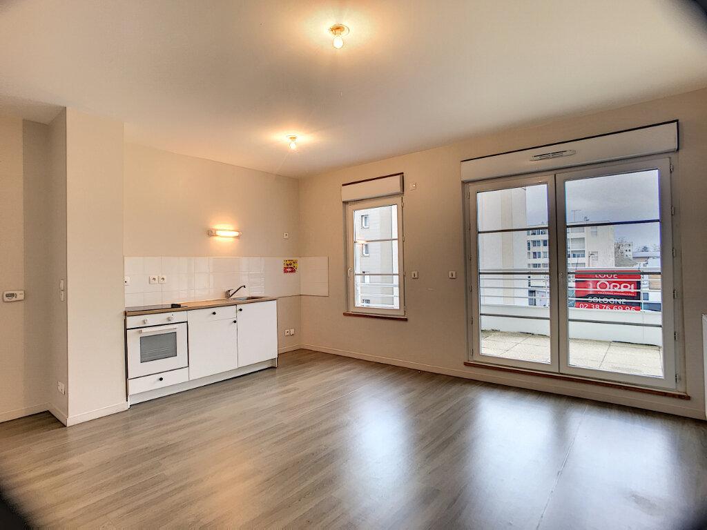Appartement à louer 2 44.67m2 à Orléans vignette-1