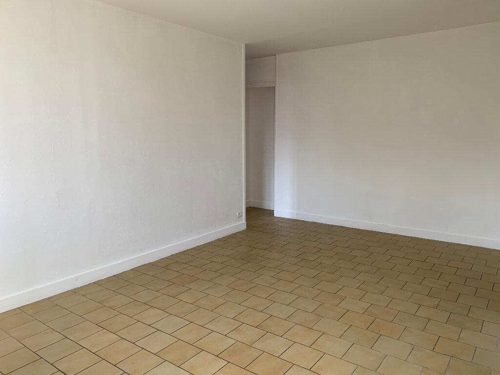 Maison à louer 2 58m2 à Ingré vignette-3