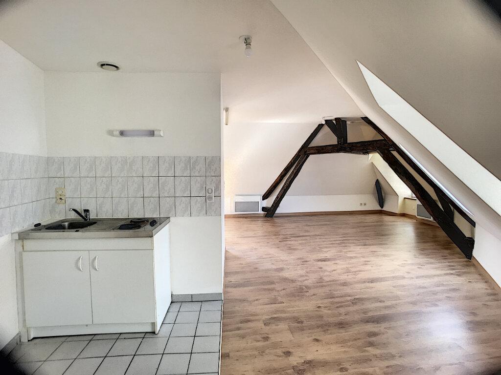 Appartement à louer 1 40m2 à Sandillon vignette-3