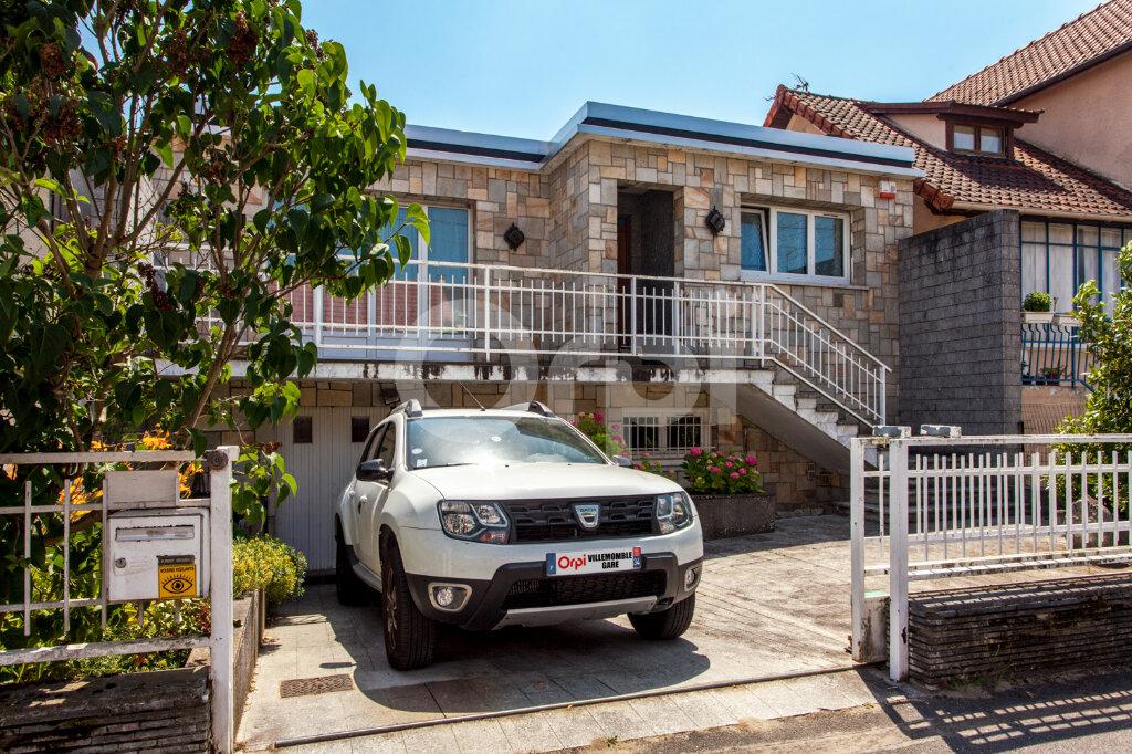 Maison à vendre 8 175m2 à Gagny vignette-1