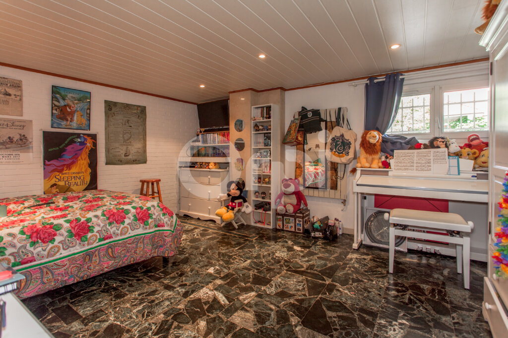 Maison à vendre 8 175m2 à Gagny vignette-7