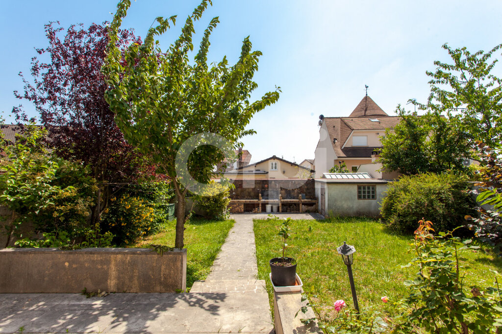 Maison à vendre 8 175m2 à Gagny vignette-11