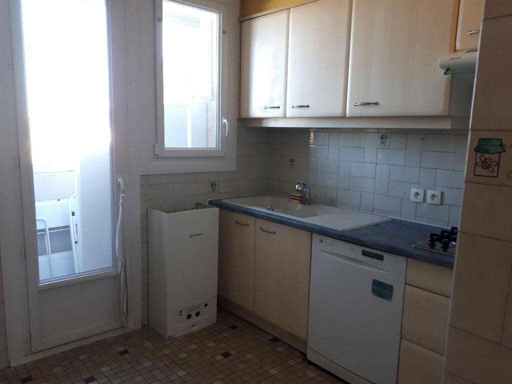 Appartement à louer 3 70m2 à Toulouse vignette-7