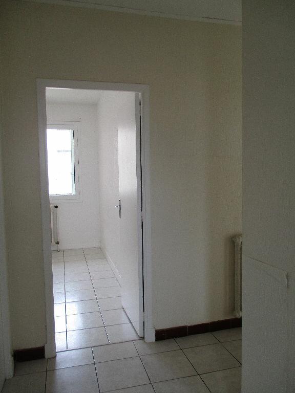 Appartement à louer 2 57m2 à Toulouse vignette-3