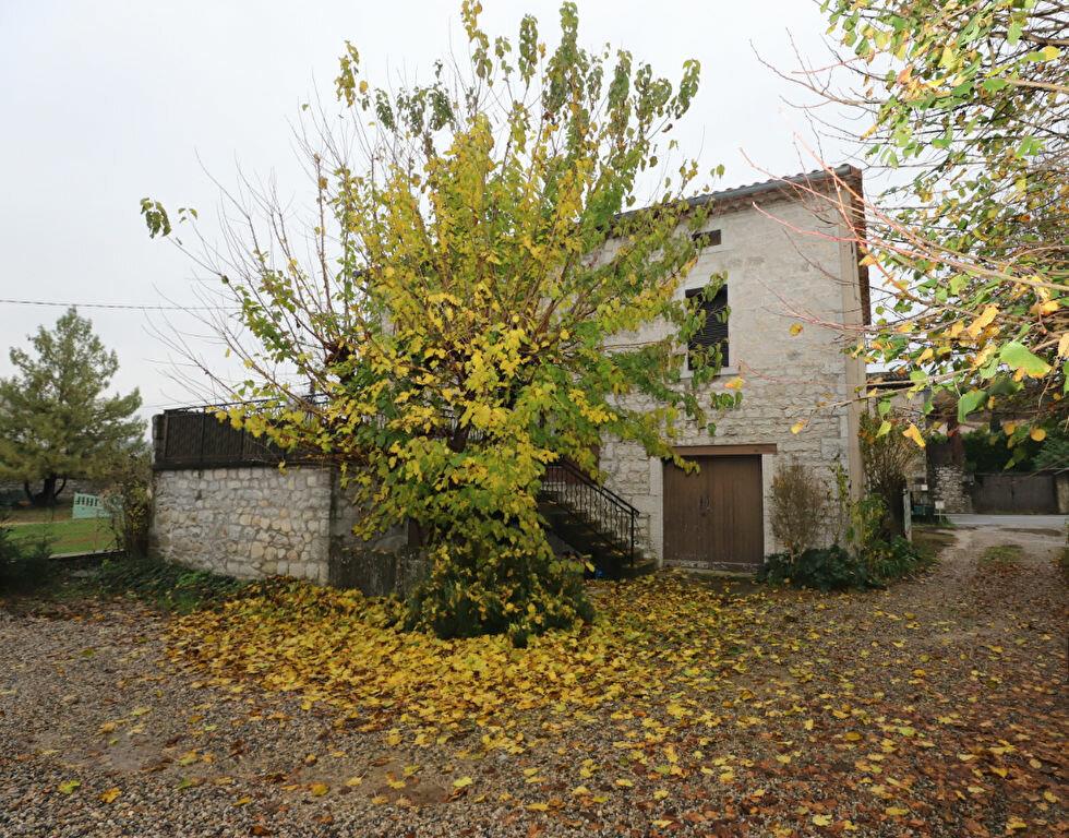 Maison à vendre 8 170m2 à Ruoms vignette-2