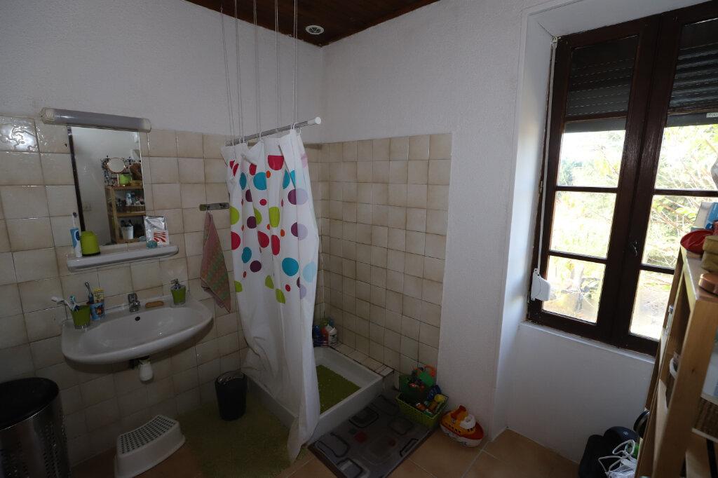 Maison à vendre 8 170m2 à Ruoms vignette-8