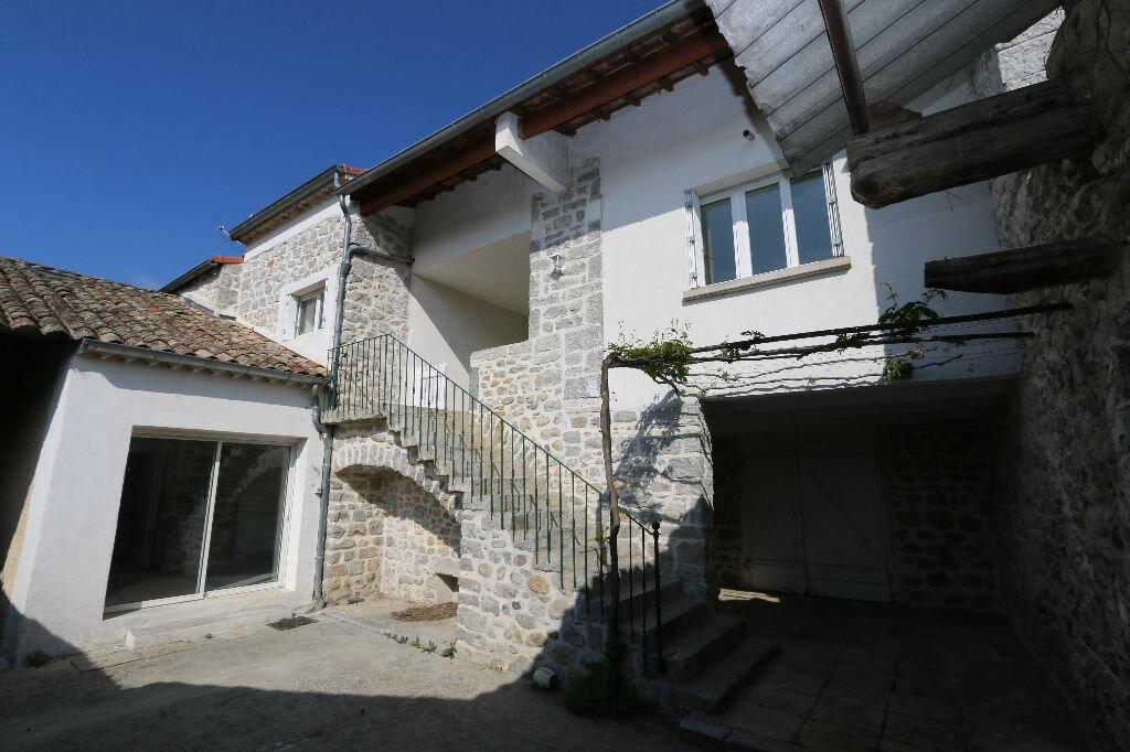 Maison à louer 5 100m2 à Ruoms vignette-2