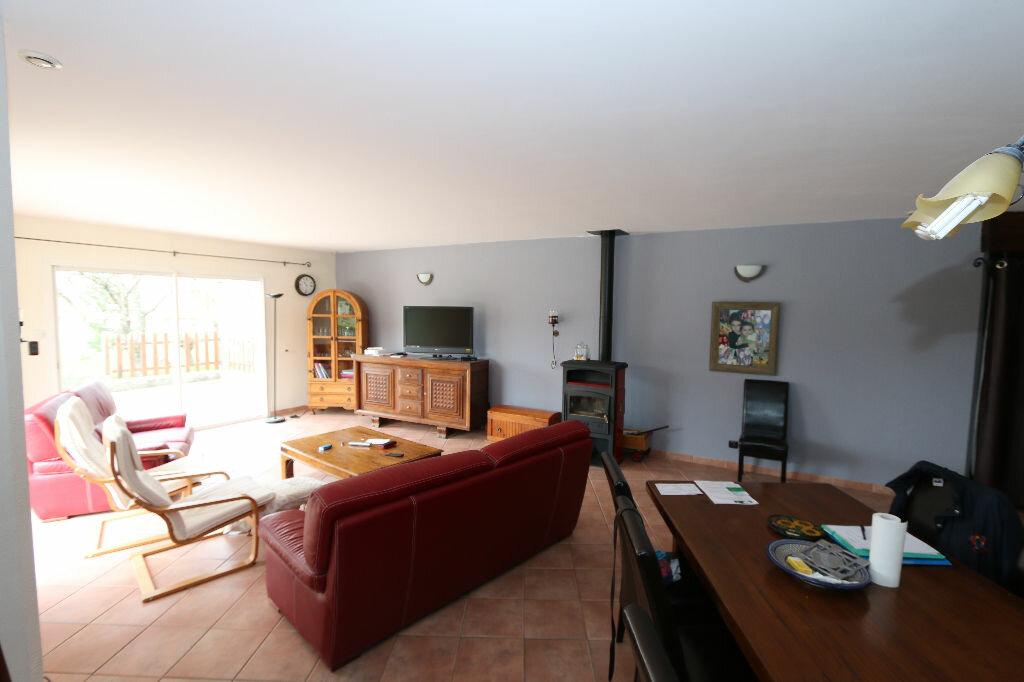 Maison à vendre 5 146m2 à Ruoms vignette-7