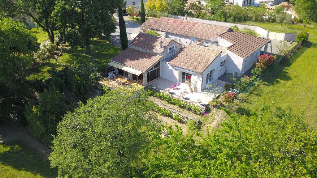 Maison à vendre 7 245m2 à Ruoms vignette-1