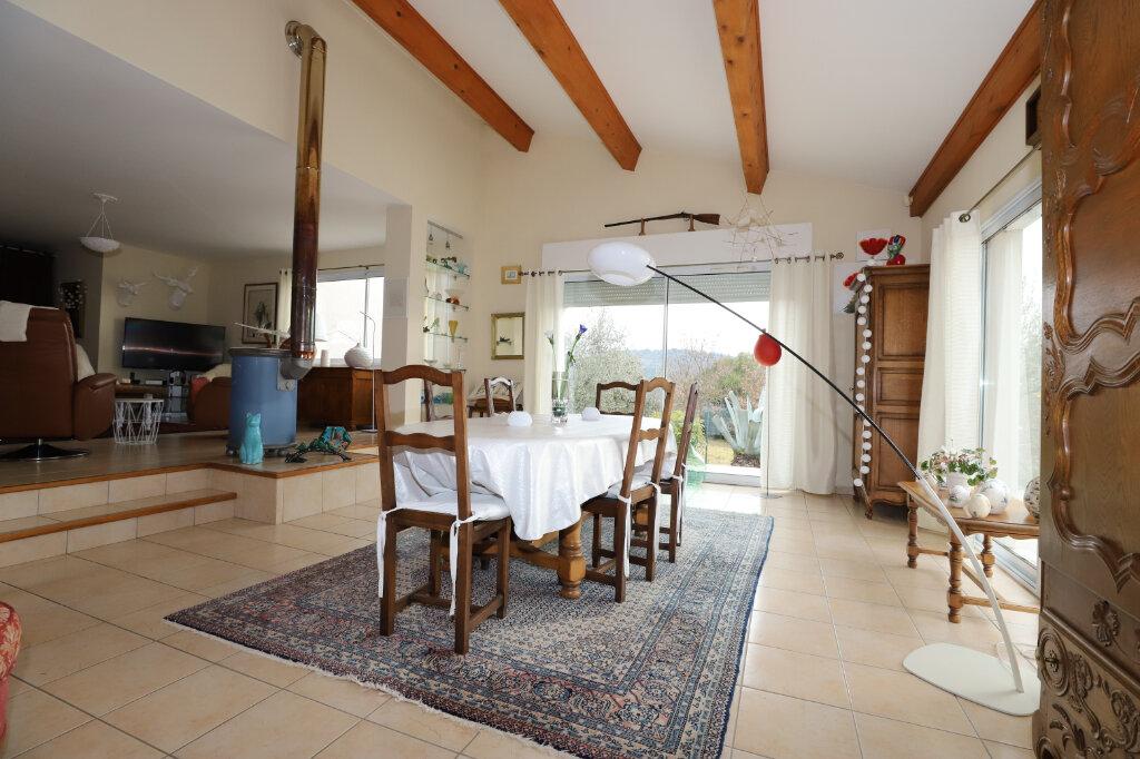 Maison à vendre 7 245m2 à Ruoms vignette-4