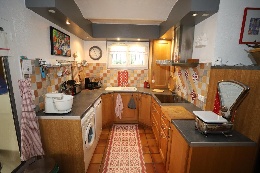 Maison à vendre 7 245m2 à Ruoms vignette-9