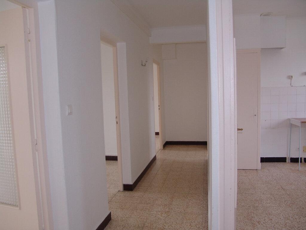 Appartement à louer 4 80m2 à Saint-Alban-Auriolles vignette-3