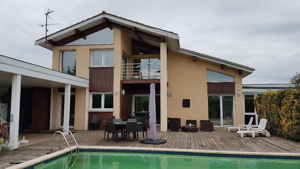 Maison à vendre 6 255m2 à Cadaujac vignette-1