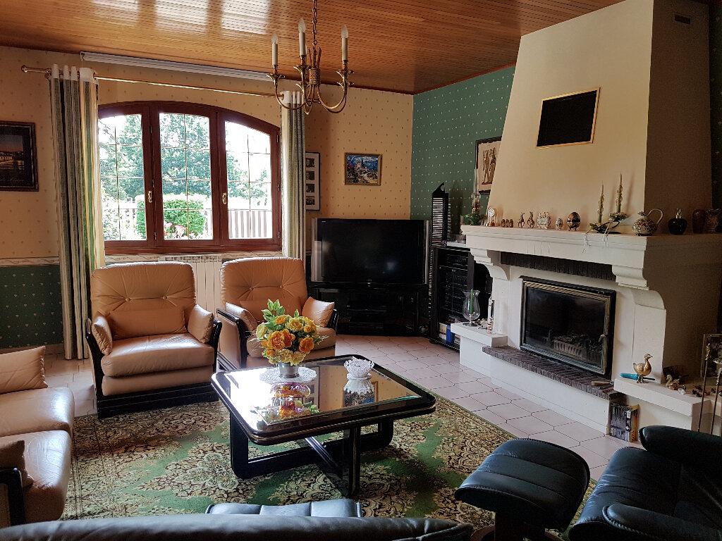 Maison à vendre 6 171m2 à Cabanac-et-Villagrains vignette-4