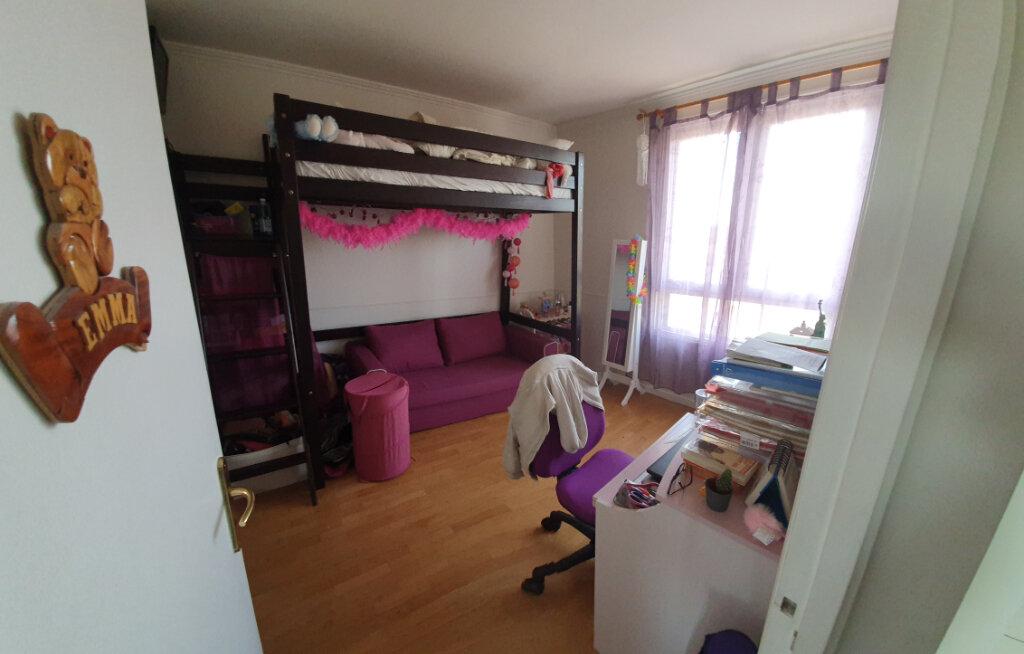 Appartement à vendre 4 62m2 à Drancy vignette-3