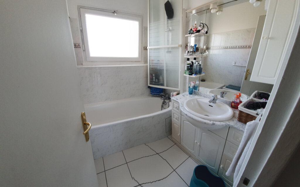 Appartement à vendre 4 62m2 à Drancy vignette-6