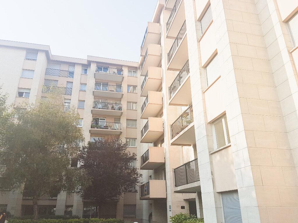 Appartement à vendre 4 85.34m2 à Le Bourget vignette-1