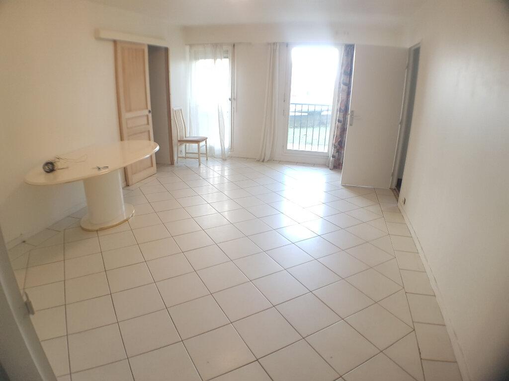 Appartement à vendre 4 85.34m2 à Le Bourget vignette-2