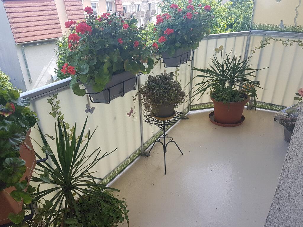 Appartement à vendre 2 50.12m2 à Le Bourget vignette-1