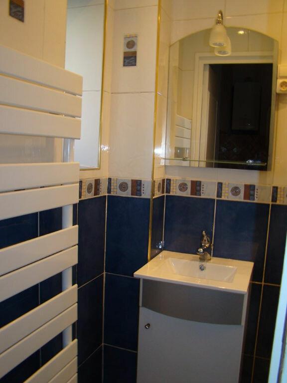 Appartement à louer 2 53.82m2 à Villeurbanne vignette-4