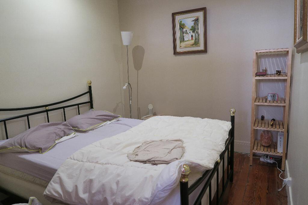 Appartement à louer 1 45.78m2 à Villeurbanne vignette-5