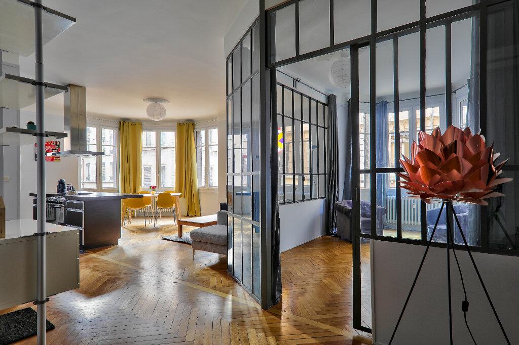 Appartement à louer 3 83.17m2 à Lyon 6 vignette-1