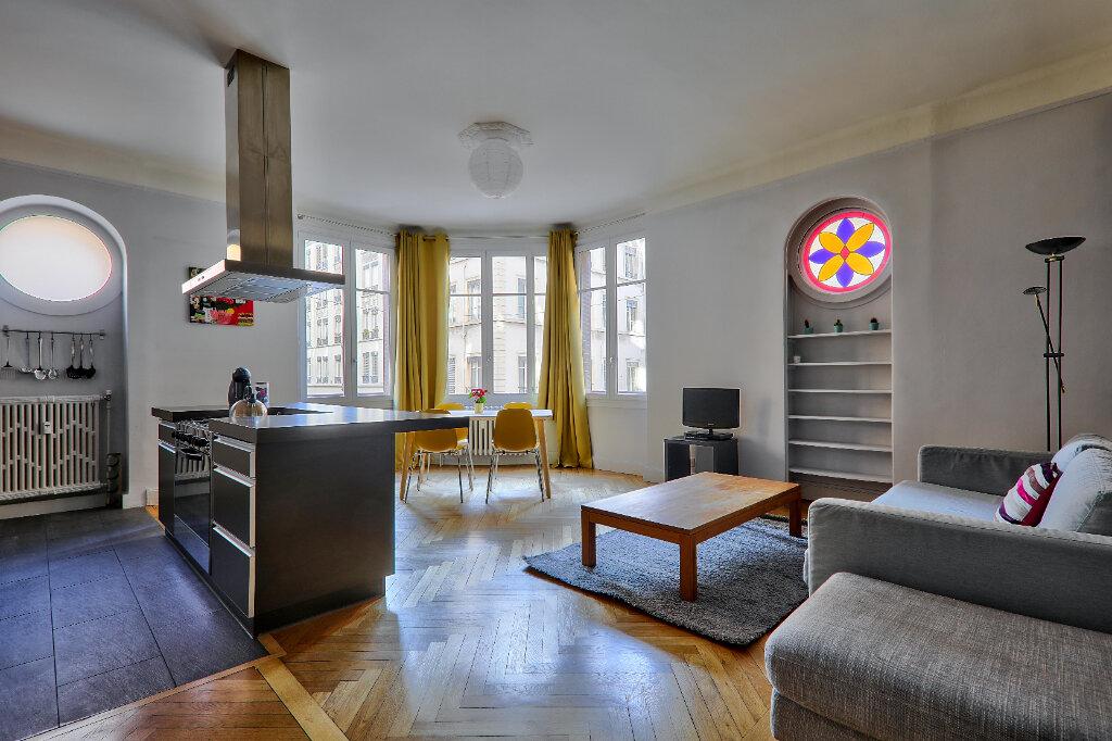 Appartement à louer 3 83.17m2 à Lyon 6 vignette-4