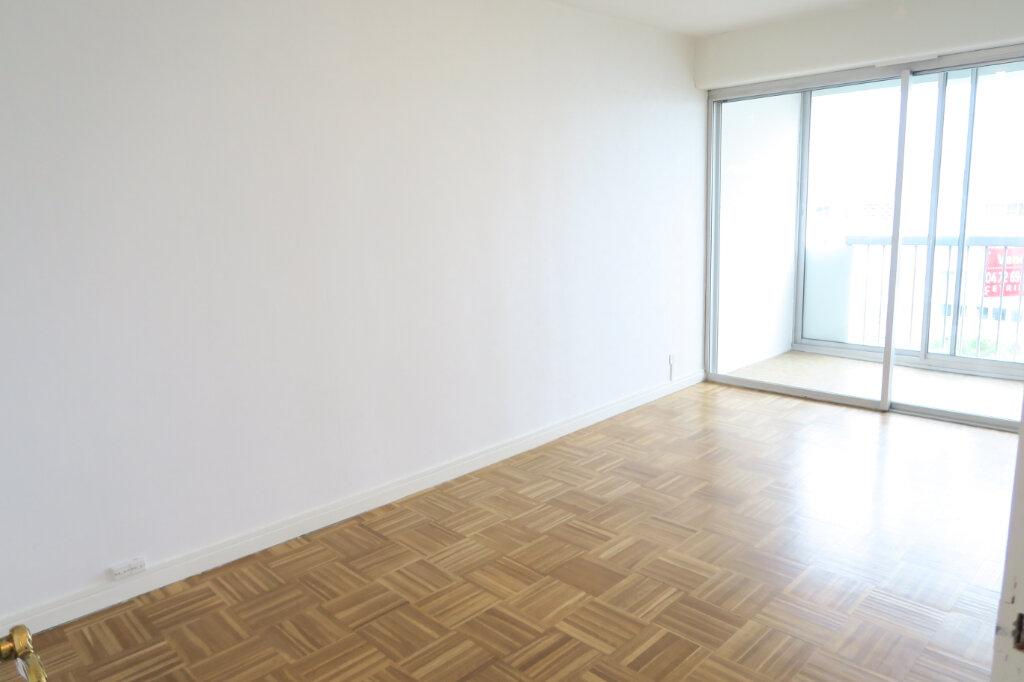 Appartement à vendre 4 96.3m2 à Villeurbanne vignette-5