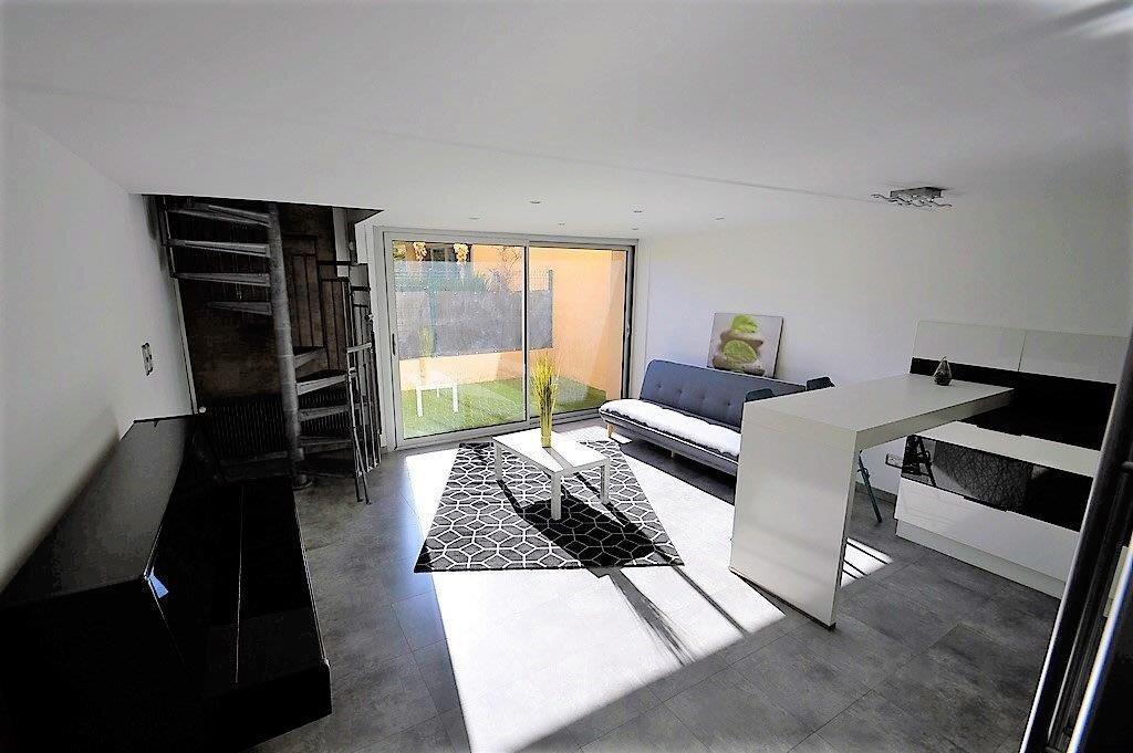 Appartement à vendre 3 53.97m2 à Fréjus vignette-9