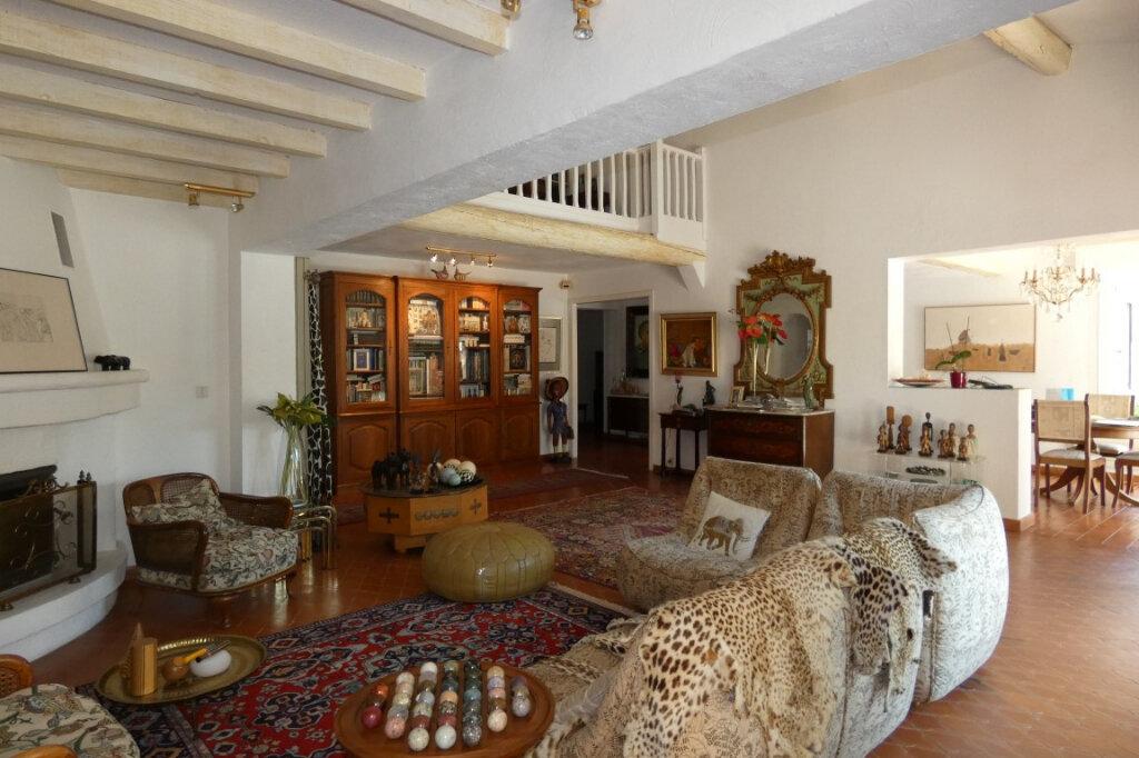 Maison à vendre 7 110m2 à Fréjus vignette-2
