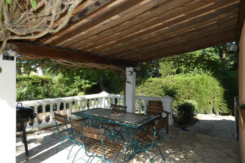 Maison à vendre 7 110m2 à Fréjus vignette-5