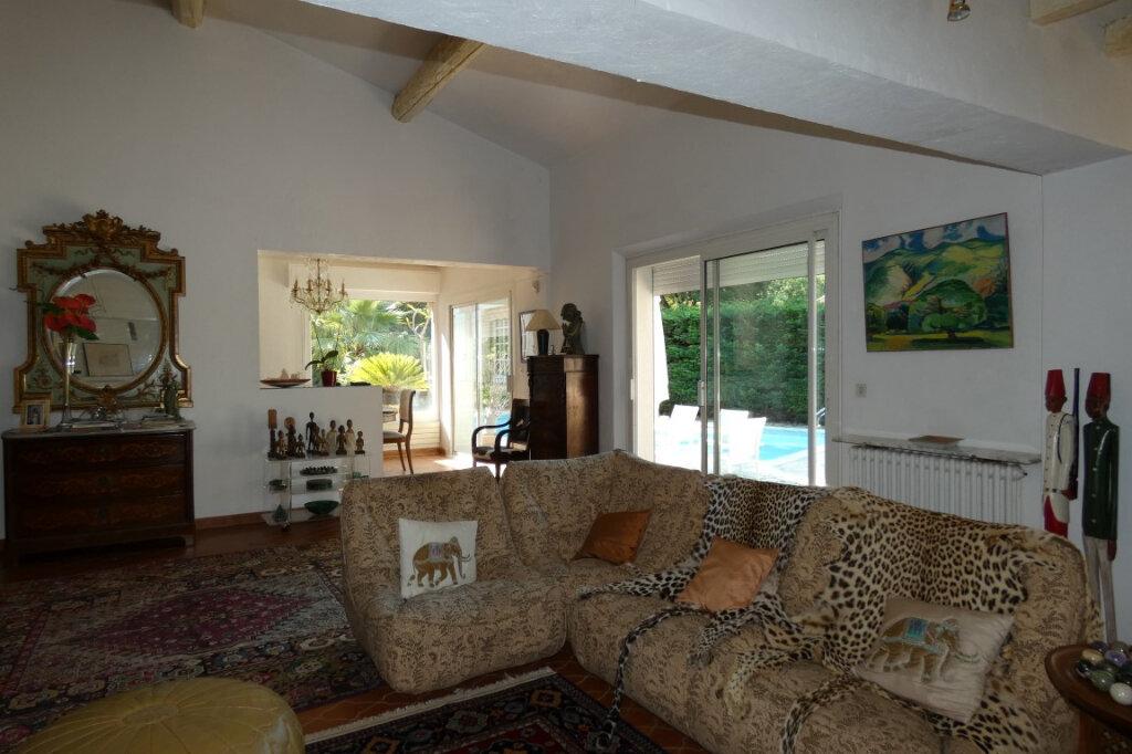 Maison à vendre 7 110m2 à Fréjus vignette-6