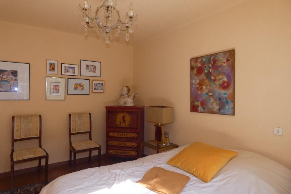 Maison à vendre 7 110m2 à Fréjus vignette-9