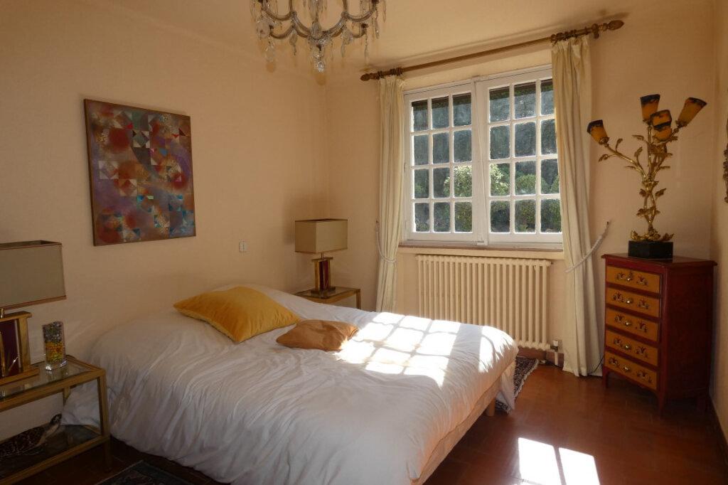Maison à vendre 7 110m2 à Fréjus vignette-10