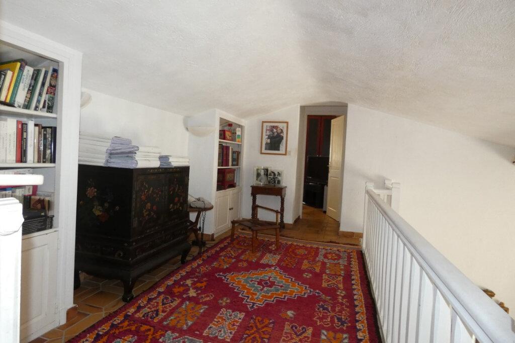 Maison à vendre 7 110m2 à Fréjus vignette-11