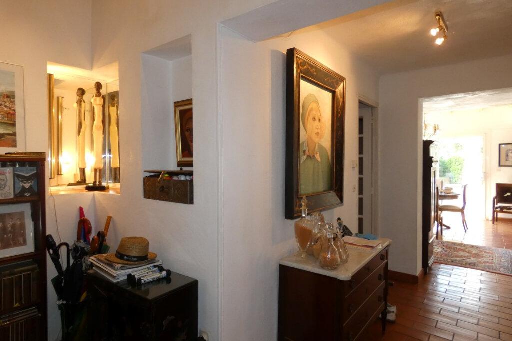Maison à vendre 7 110m2 à Fréjus vignette-13