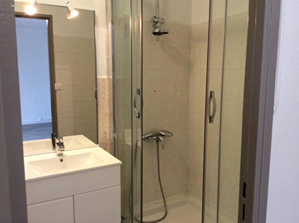 Appartement à vendre 2 42.33m2 à Saint-Raphaël vignette-7
