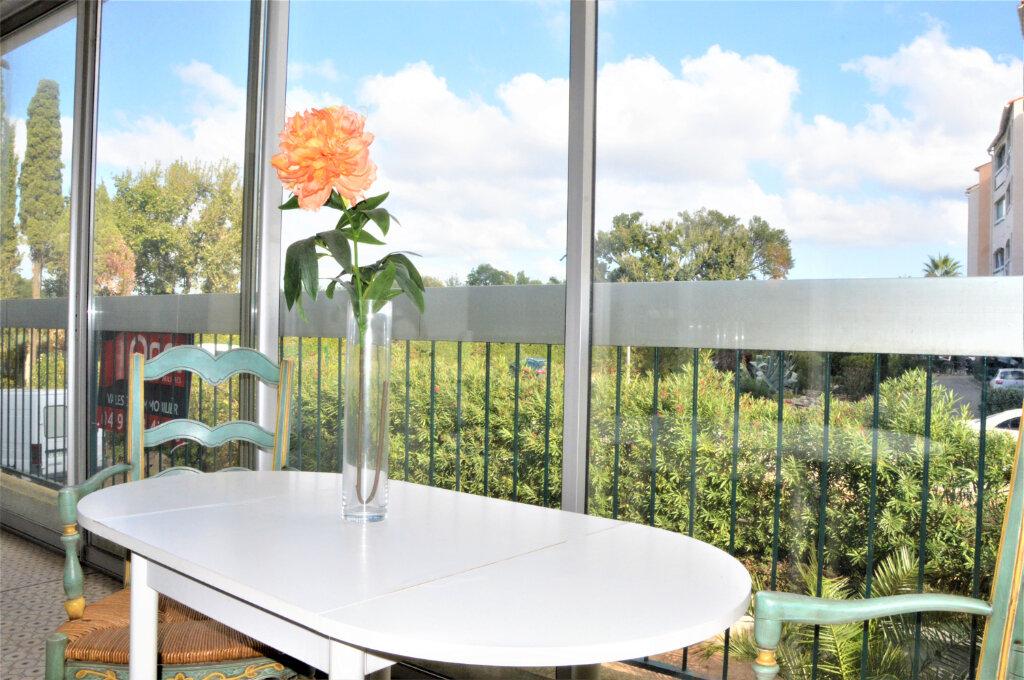 Appartement à vendre 3 79.5m2 à Fréjus vignette-2
