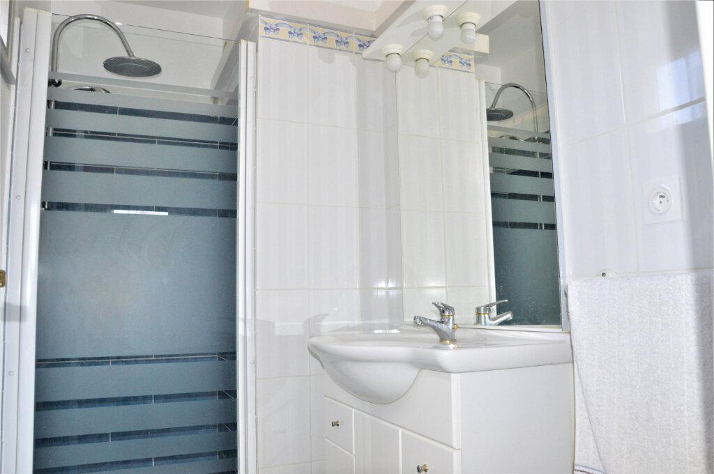 Appartement à vendre 3 79.5m2 à Fréjus vignette-9