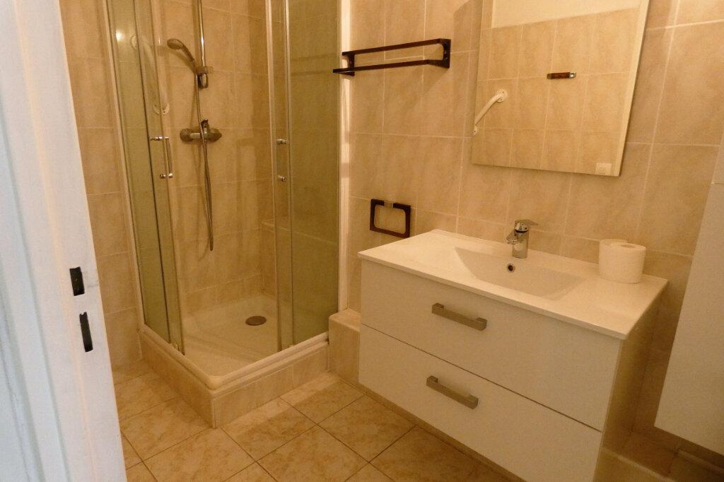 Appartement à vendre 4 90m2 à Fréjus vignette-7