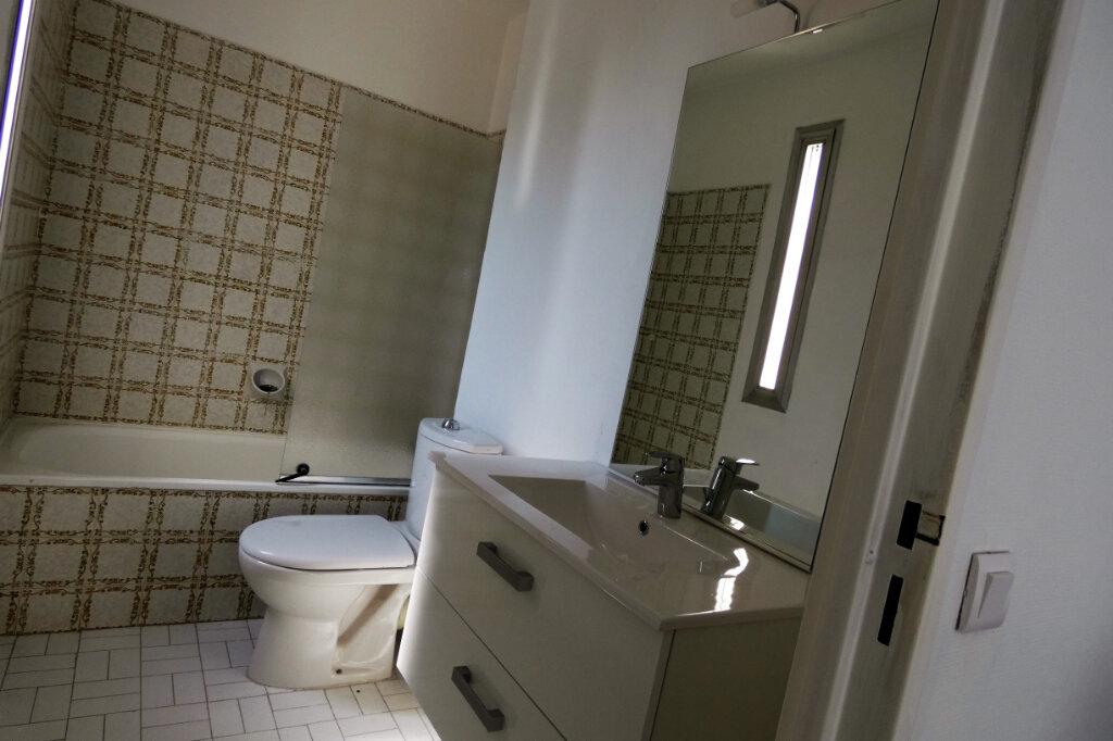 Appartement à vendre 4 90m2 à Fréjus vignette-9