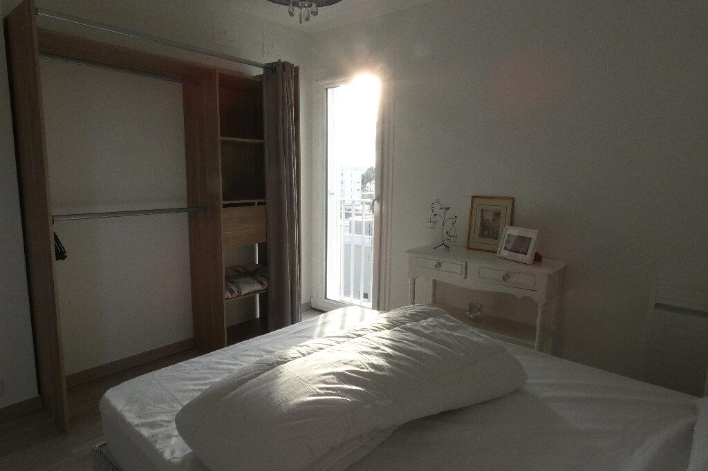 Appartement à louer 2 39.24m2 à Fréjus vignette-5